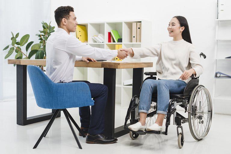 contratar pessoas com deficiência